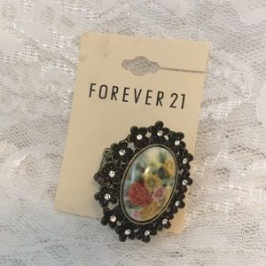 F21 Floral Statement Rhinestone Fashion Ring